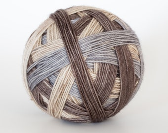 Deer and Doe - Self striping sock yarn