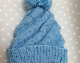 Hand Knit Baby Hat, Pom Pom Beanie, Blue swirl hat, Photo Prop, Hand Knitted, 0-6 months, Baby gift, Baby shower idea,