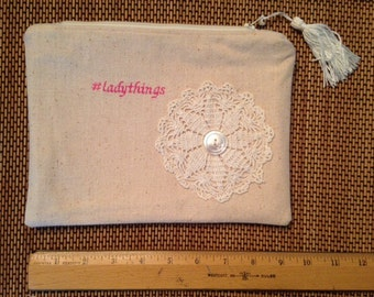 Linen & Vintage Doily zippered bag. #ladythings embroidery