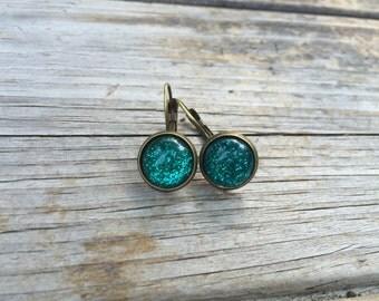 Green Glittery Earrings, Glitter Earrings, Leverback Earrings, cabochon earrings