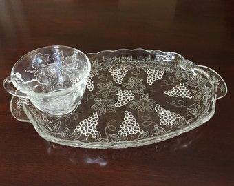 Anchor Hocking Grapes and Leaves Glass Snack Set for 6