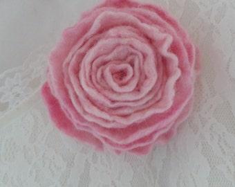 Felt Wool Brooch .Felt Flower .Organic Wool 100%.Natural wool. Pink flower.Natural jewelry.