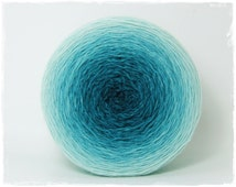 Ocean Breeze* Gradient yarn Merino hand dyed - fingering weight