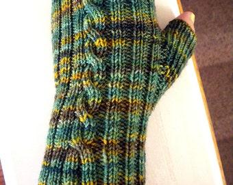 50 Gram Fingerless Mitts Knitting Pattern