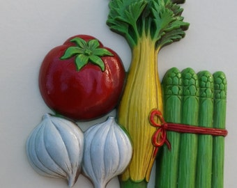 Adorable Vegetable Wall Hangings by Homco/ Vintage Wall Hanging