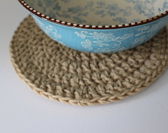 Beige table mat - Crochet mat - Round table mat - Crochet home decor - Minimalist table mat - Placemat - Neutral table decor - Doily