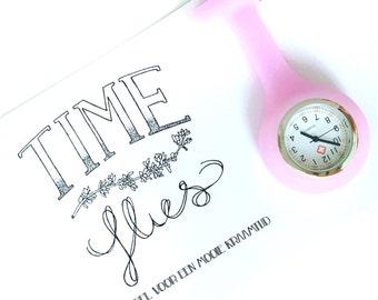 Time Flies, nurse watch, pocket watch, brooch, nurses watch, watch, pink, roze, kraamhulp, verpleegster, horloge