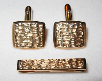 Vintage 1970s Mens Cuff Links and Tie Clip Set