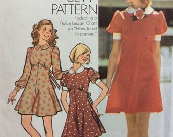 Simplicity 5903 vintage 1970's misses dress sewing pattern size 12 bust 34  Uncut  Factory folds