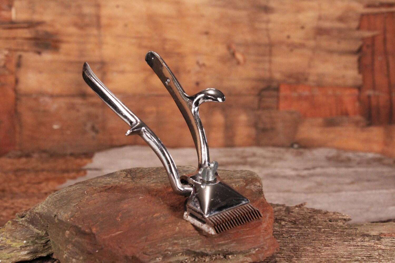 manual beard clipper hair clipper collectibles hair clipper. Black Bedroom Furniture Sets. Home Design Ideas