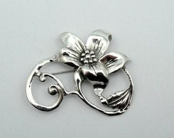 Lovely 1930's Era Vintage Sterling Silver Flower Brooch  #SVRFL2-PN2