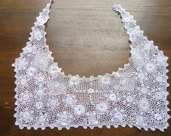 Antique French Vintage Crochet White work Lace collar with raised flowers.