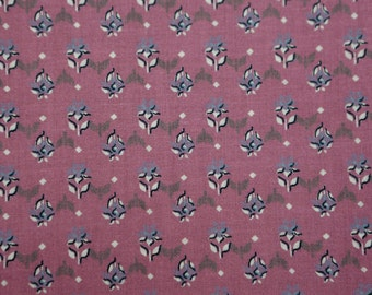 Quilting cotton fabric purple w small purple and white flowers weilwood industries