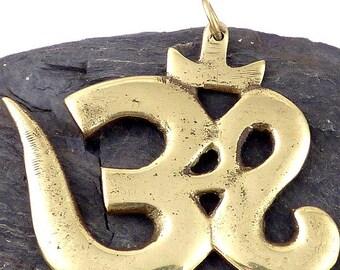 JEWEL Tibetan OM pendant Hindu meditation zen bhp103