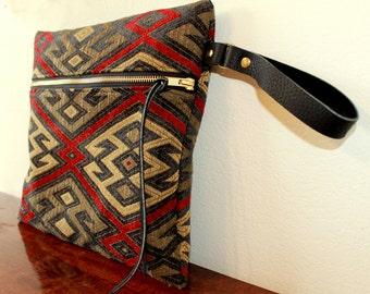 oversized wristlet, large wristlet, clutch with strap, oversized clutch, native leather wristlet, large clutch, clutch bag, geometric bag