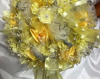 Custom bouquet and matching headpiece