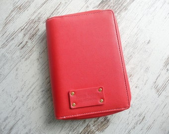 Personal zipped planner red