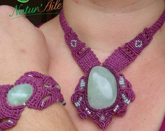 273 Finery necklace and jade green bracelet
