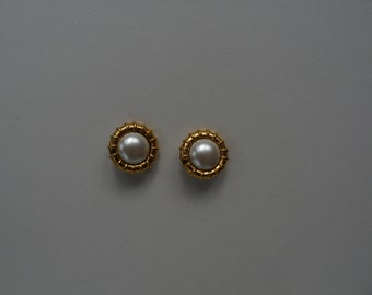 CHANEL - earrings ears/clips vintage