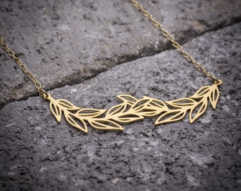 Leaf necklace, leaves necklace, leaf branch necklace, leaf pendant, nature necklace, unique necklace, goldfilled necklace.