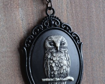 Cameo: Owl Cameo Necklace, Black , Romantic Victorian Style Jewelry, Romantic Gift for Her