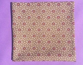 Brown/grey pocket square