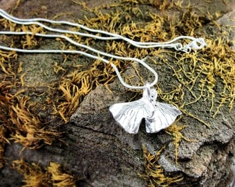 C-204 necklace charms in silver.999 form ginkgo free shipping / Free Shipping