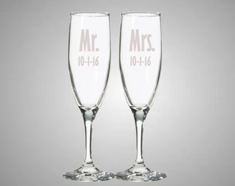 Set of Two Wedding/Engagement Champagne Flutes Glasses - Mr. and Mrs. with wedding date Etched - Customizable