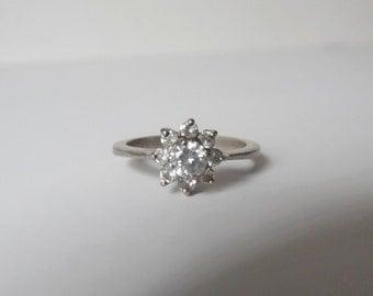 Vintage engagement ring White Topaz Sterling Silver Ring Vintage Sterling Ring Vintage Silver Ring Vintage White Topaz Ring Vintage Ring