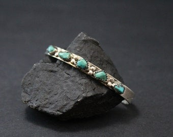 Sterling Silver Signed Zuni Native American Turquoise Nugget Cuff Bracelet