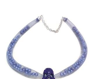 Necklace violet FishNet, death's head and purple beads métalisées