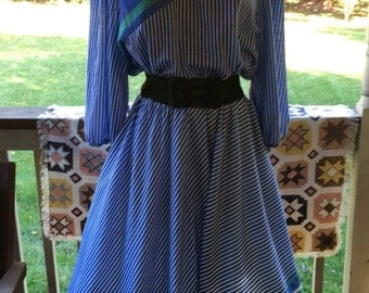 Vintage Midi Day Dress M L Half Sleeve Stripes Blue Elastic Waist