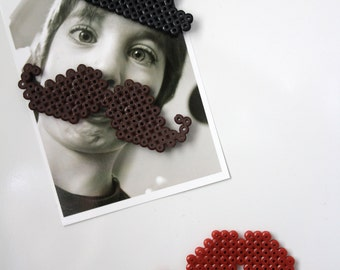 Lot of 3 magnets in Hama beads - two whiskers and a hat to customize your photos!