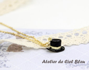 Hat Necklace, Alice in Wonderland Mad Hatter Necklace, Tiny Mad Hatter Hat Necklace, Gold Hat Necklace, Gifts for Alice in Wonderland