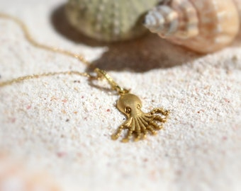 Octopus Necklace Solid 18k Gold Necklace Mystery Gold Necklace Illusion Necklace Nature Gold Necklace Delicate Summer Necklace Nautical