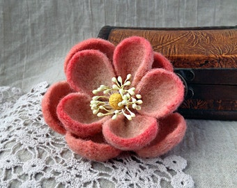 Pink Flower / Brooch and Barrette / Wet and Needle Felting