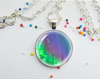 Northern lights pendant - nature jewelry - natural wonder - aurora borealis