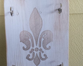Key Holder Made From Reclaimed Wood in Whitewash Finish