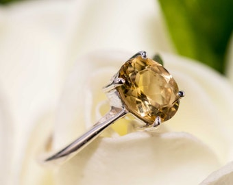 Sterling silver and citrine ring - citrine gemstone ring / solitaire ring / gold gemstone / citrine jewellery