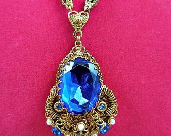 Western Germany Sapphire Blue Rhinestone Pearl Pendant