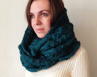 Knitted aran circle scarf snood, knitted emerald oversized cowl snood, knitted women's cowl, cable cowl snood