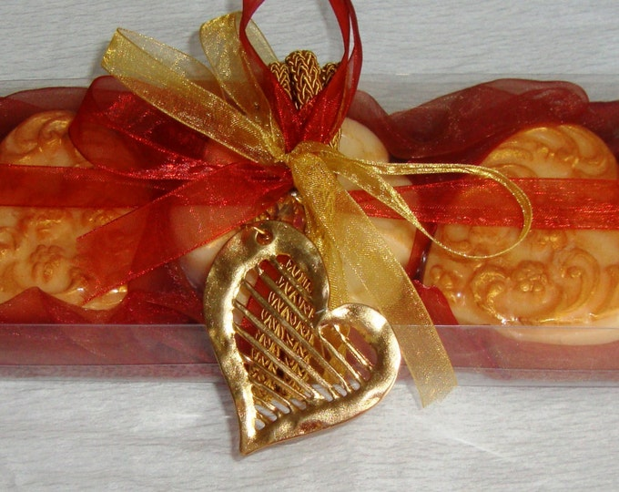 Creative Valentines Day Gift Idea for Her, Terracotta Gift Set for women, Luxury Royalty Scented Soaps, Heart Necklace, Birthday Gift Idea