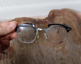 Damaged Vintage Black 40s/50s Cat Eye Glasses