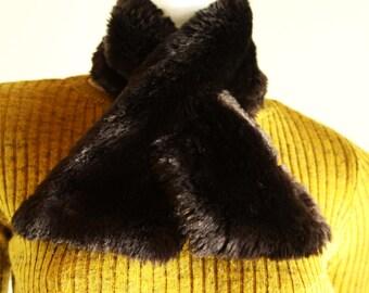Vintage faux fur black-brown collar scarf.