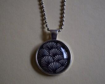 25mm black fan pendant