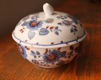 Trinket Flower Dish with Lid