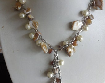 Vintage Mother of Pearl Shell Neckace with Tassel, Mother of Pearl Lariat Necklace
