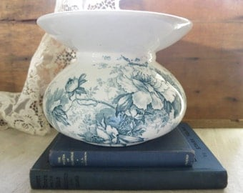 Antique Alfred Meakin Spittoon Blue Transferware Peony Cuspidor Made in England