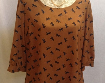 Horse Patterned Blouse/ Excellent Condition/Size 16. Retro Styling