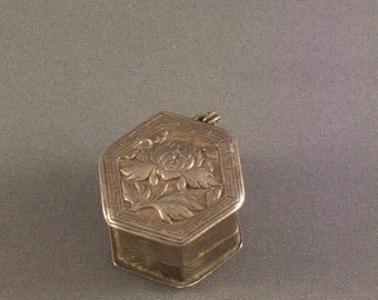 Antique Chinese Opium Box Toggle With Lotus Motif
